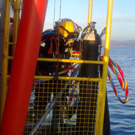 SBM Anchor Block Cleaning by Mix Gas Diving to 63 m - Algeciràs (2008)